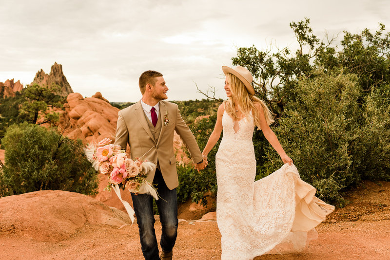 elopement-colorado-springs-garden-of-the-gods-2