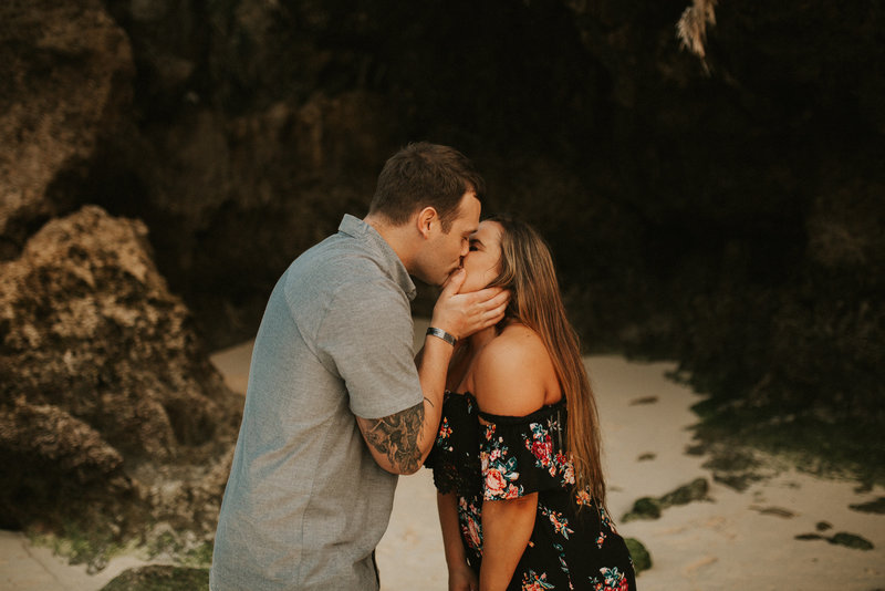 chelsea-and-taylor-okinawa-japan-adventurous-couples-session-0903