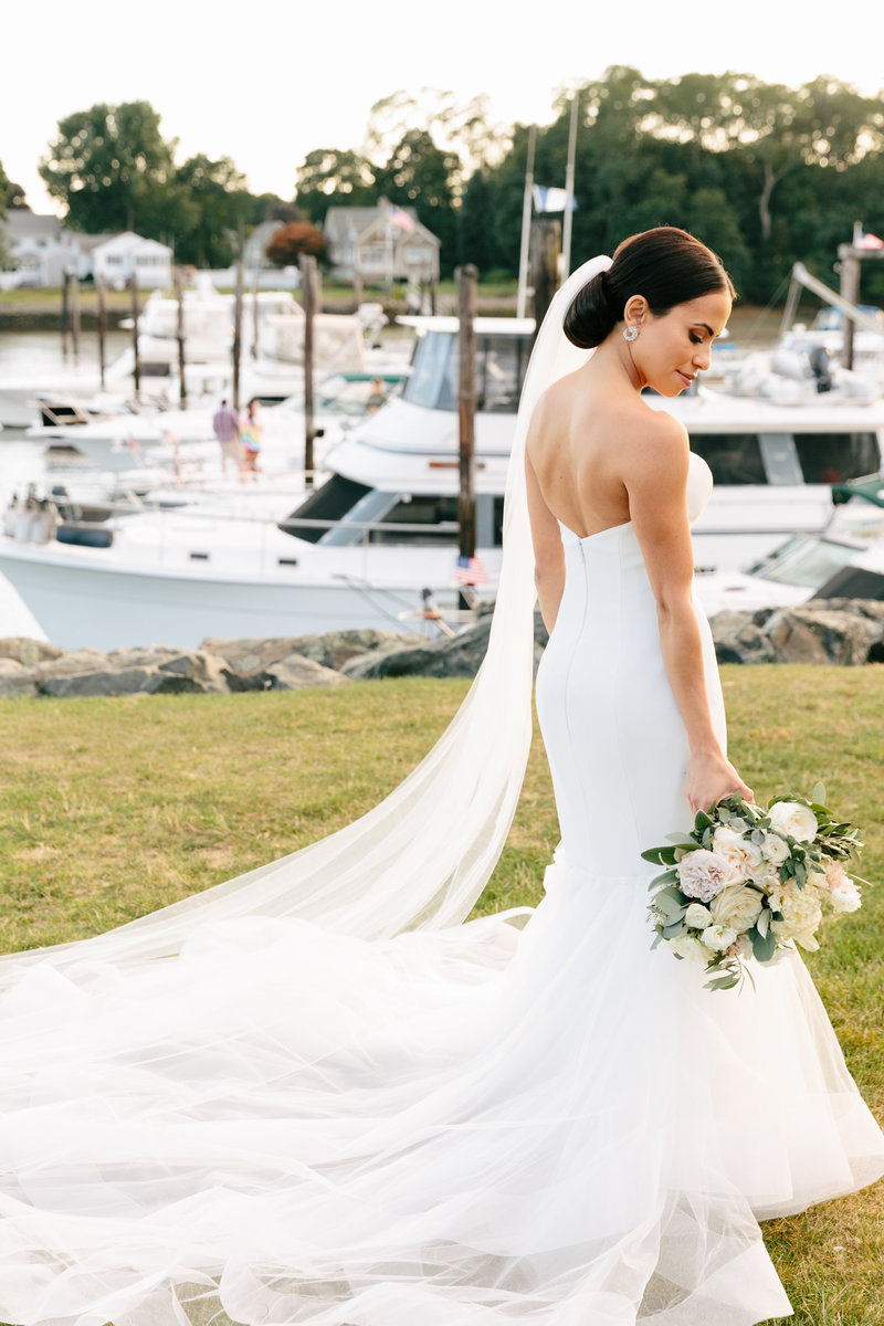 danversport-yacht-club-wedding-daylynn-designs3602