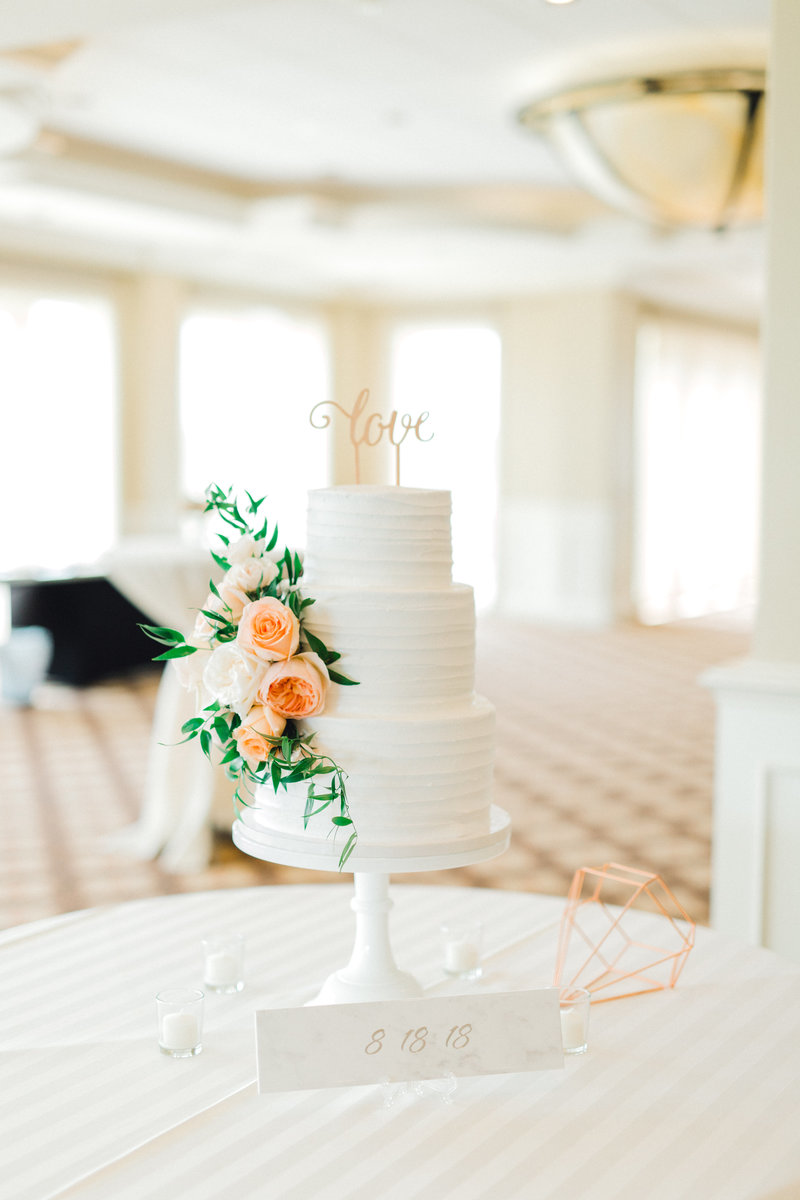 Glen-Oaks-Country-Club-West-Des-Moines-IA-Wedding-J+A-9348