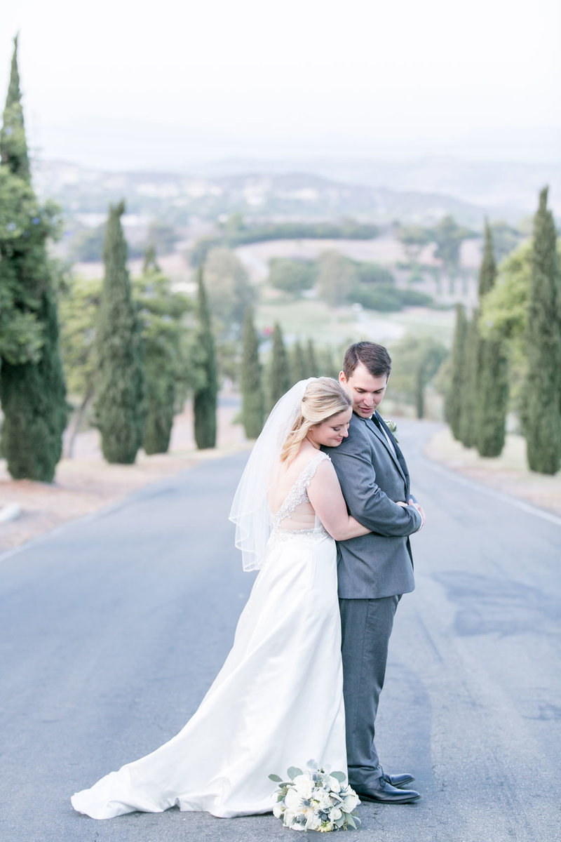 Catherine+Tim-BellaCollinaGolfCourse-SanClementeCalifornia-weddingparty-brideandgroomcouplesportraits-0230