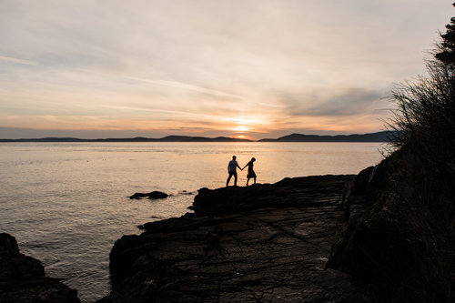seattle-adventure-photographer-amy-galbraith-engagement-session-anacortes