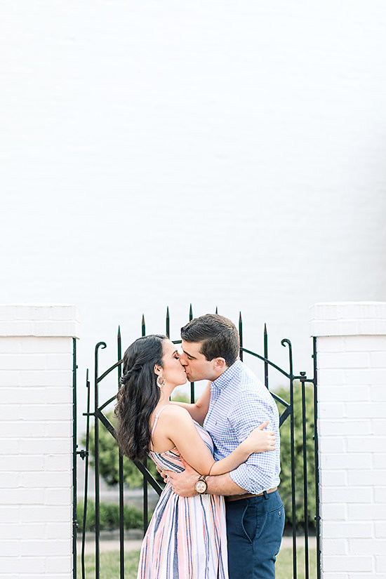 AMBER-DAWSON-PHOTOGRAPHY-COVINGTON-KENTUCKY-ENGAGEMENT-SESSION-0010