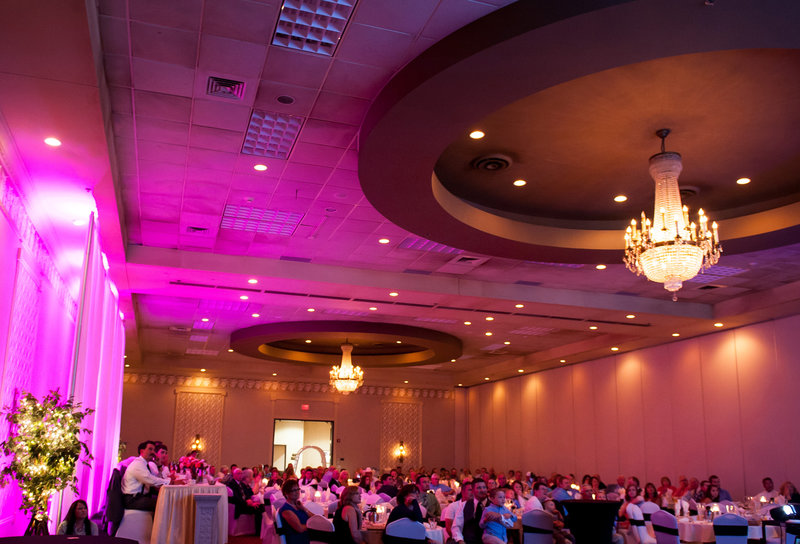Ramada Plaza Wedding Venues in Fargo photos by Kris Kandel (5)