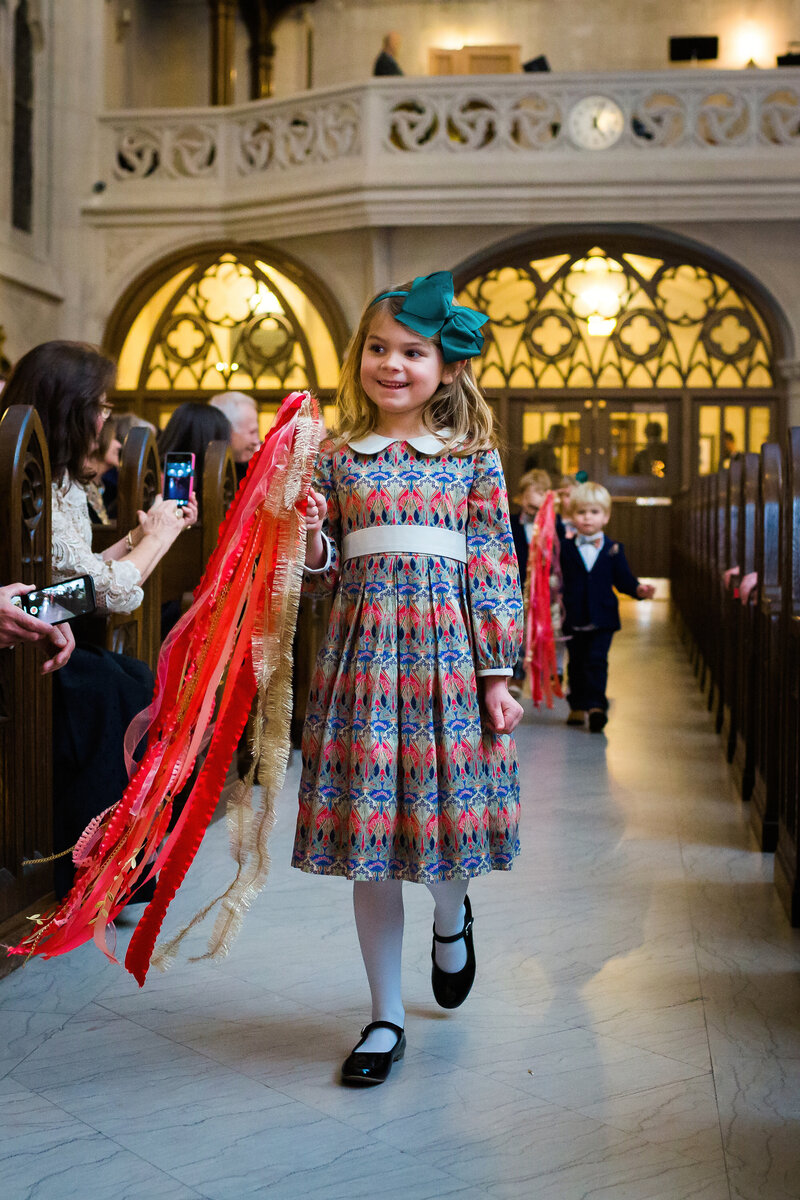 flower-girl-st-james-chapel-chicago