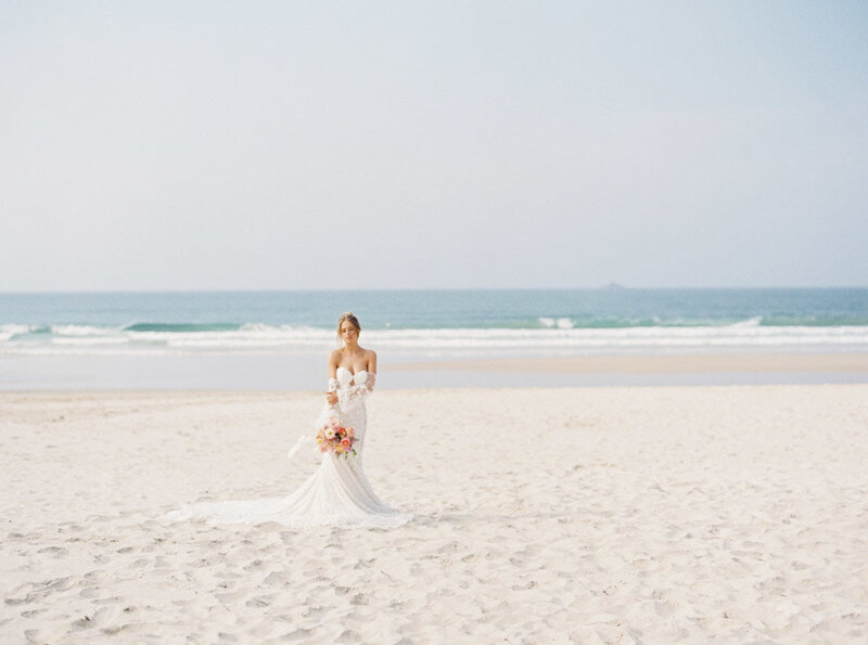 Byron Bay Wedding Photographer Sheri McMahon - Oh Flora Workshop on Fine Art Film - Romantic Spring Wedding Ideas -00043