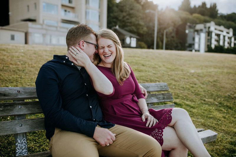 Alki-Beach-and-Lincoln-Park-Sunset-Engagement-Seattle-Melissa+Michael_13