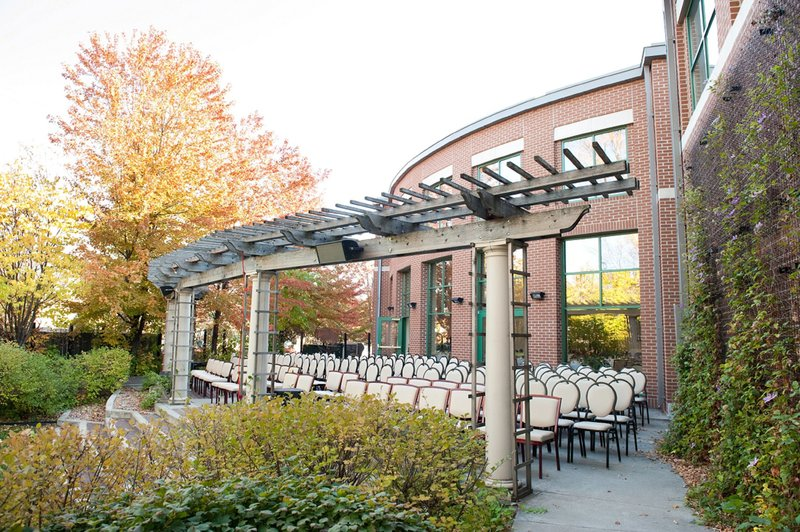 ndsu_alumni_center_wedding_venue_photographer_kris_kandel__08