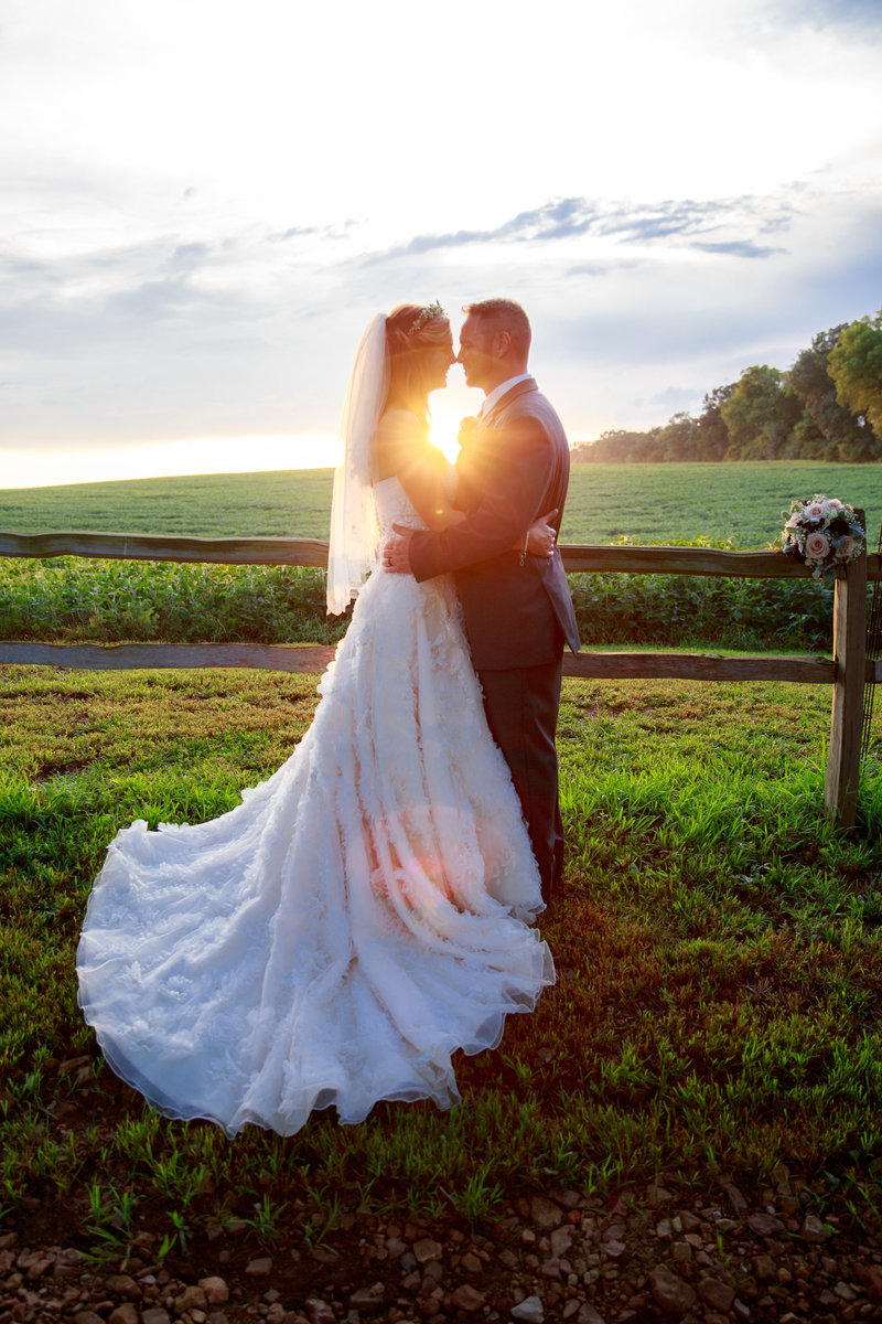 Stayci+Dave_EmilyMandersPhotography_Weddings-541