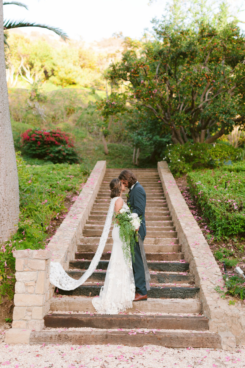 Chateau-de-grace-wedding-malibu-lucas-rossi322