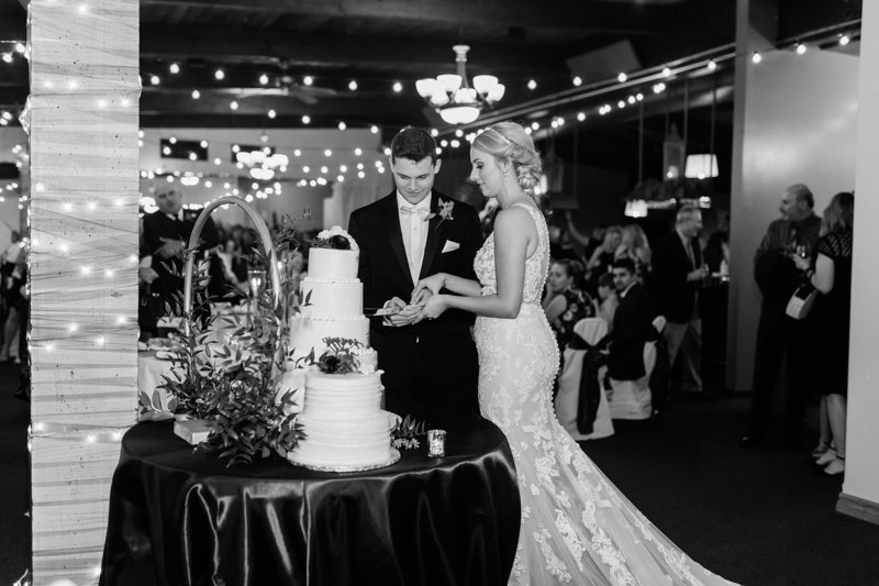 78-Wisconsin-Classic-Country-Club-Catholic-Wedding-James-Stokes-Photography