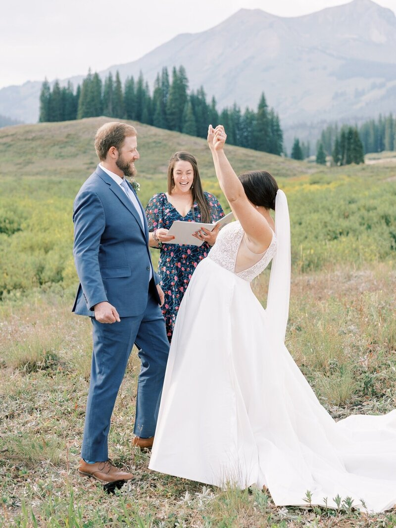 Joyful and Playful Wedding in Crested Butte_0021