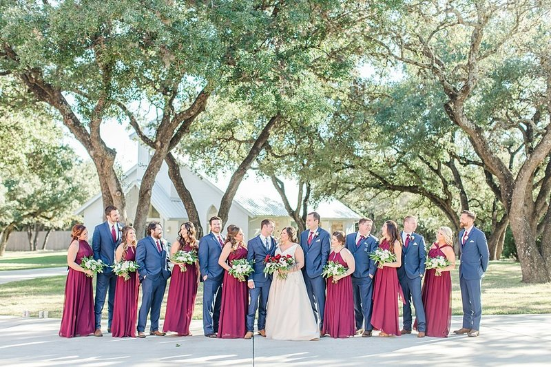 The Chandelier of Gruene in New Braunfels Texas Wedding Venue photos by Allison Jeffers Photography_0034