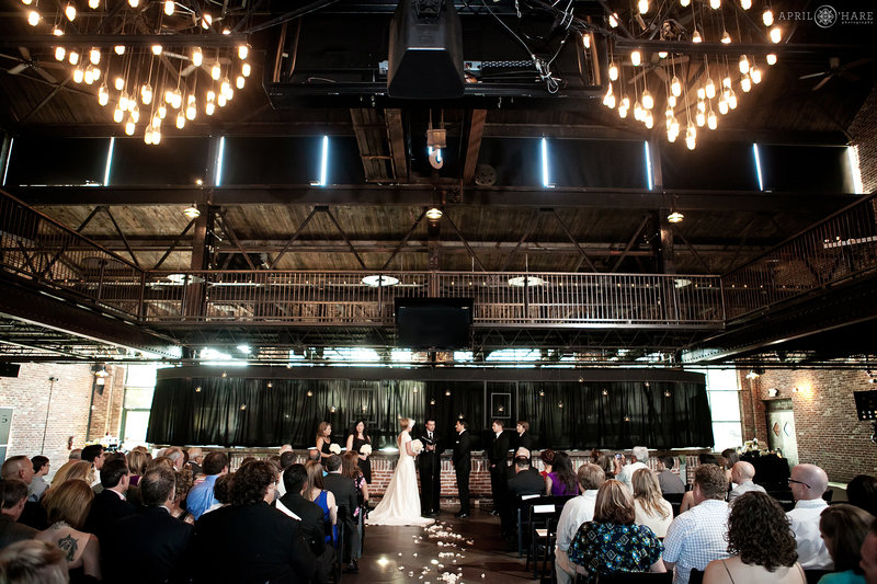 Cool-Urban-Industrial-Style-Wedding-Venue-in-Denver-Colorado-Mile-High-Station