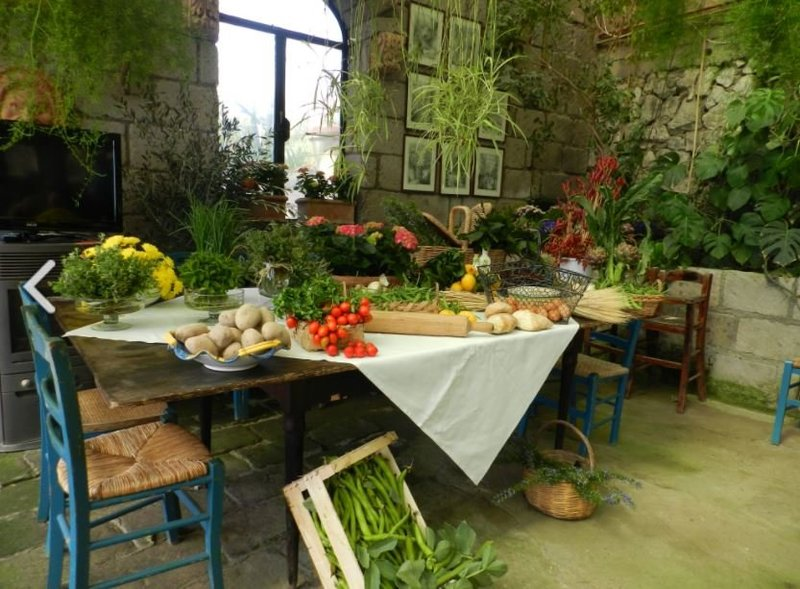 Fattoria Terranova Table with Food