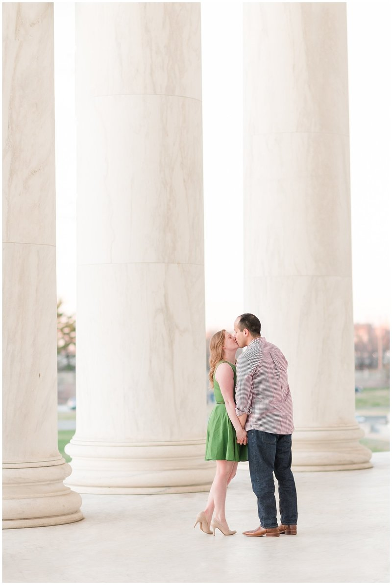 thomas-jefferson-memorial-engagement-session-sunrise-dc-wedding-engagement-photographer-winter-photo-14