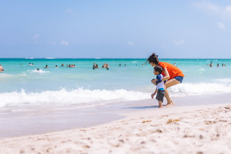 miami beach-documentary family pictures-love is love photography_001
