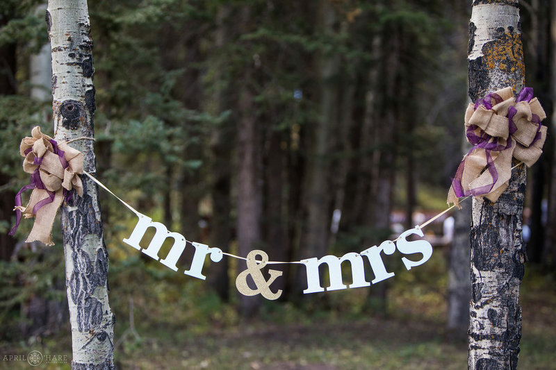 Woodsy-Wedding-Venue-in-Conifer-Colorado-Beaver-Ranch