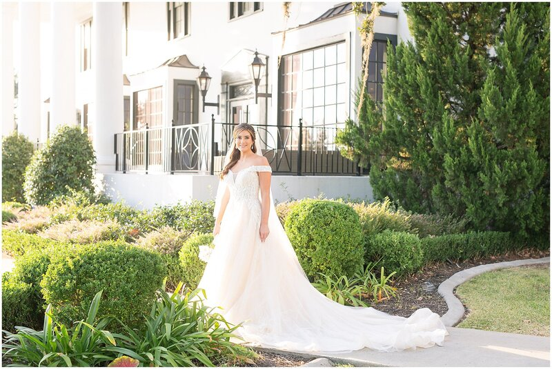 Bridal-Wedding-PortraitsThe-White-House-Hotel-Biloxi1229