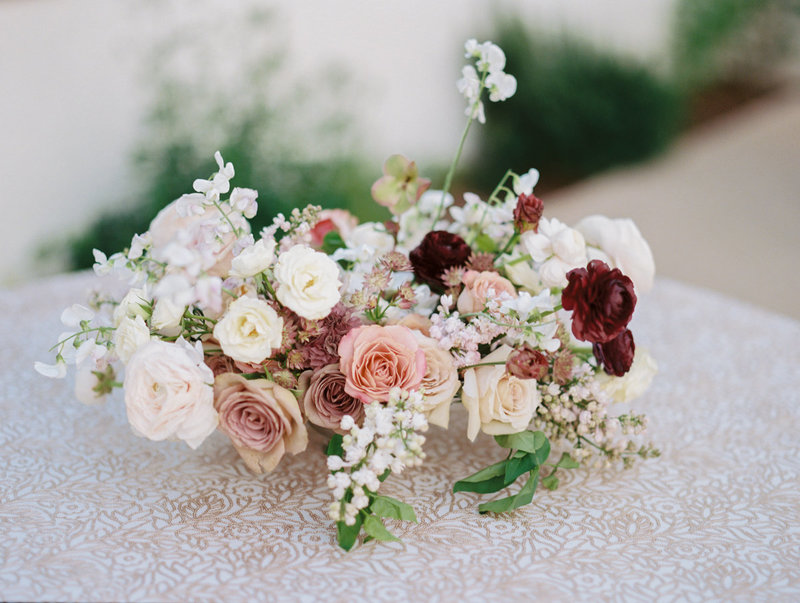 Romantic white, blush, mauve wedding flowers