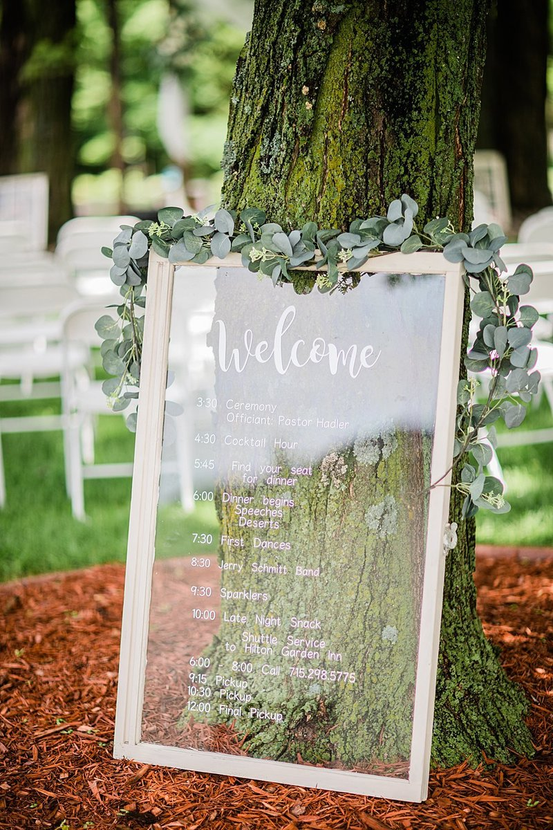 01-Central-Wisconsin-Backyard-Estate-Wedding-James-Stokes-Photography