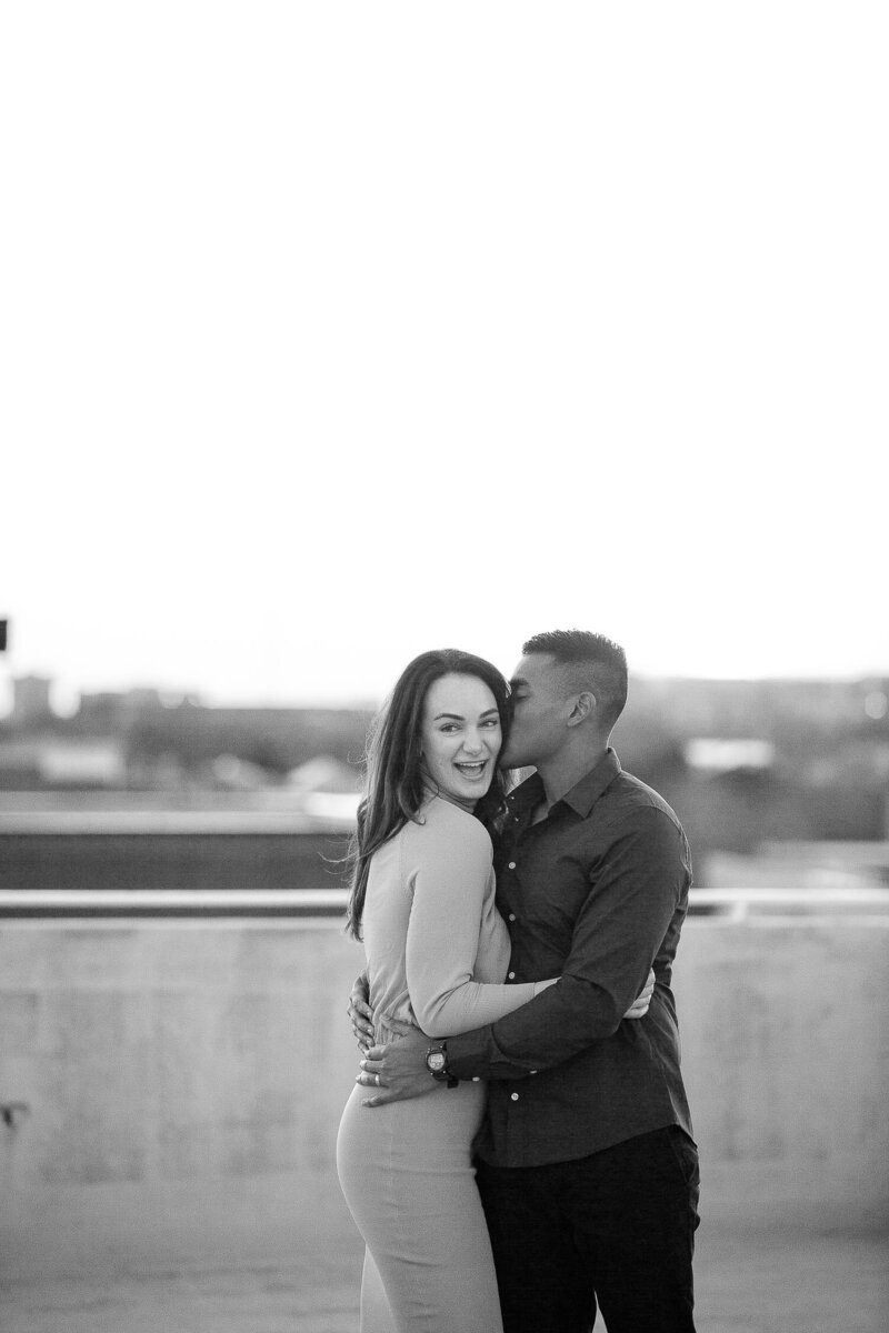 Franziannika.photography-Downtown-Engagement-6