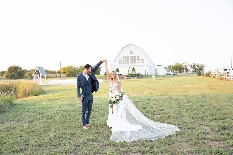 Randi Michelle | Dallas Fort Worth Wedding Photo + Video  | The Nest at Ruth Farms