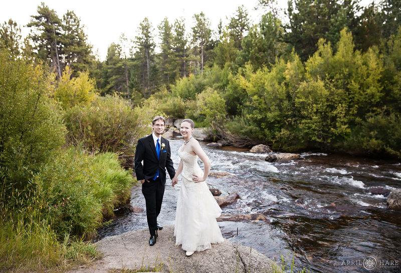 Pretty-River-Backdrop-Colorado-Wedding-Venue-Wild-Basin-Lodge
