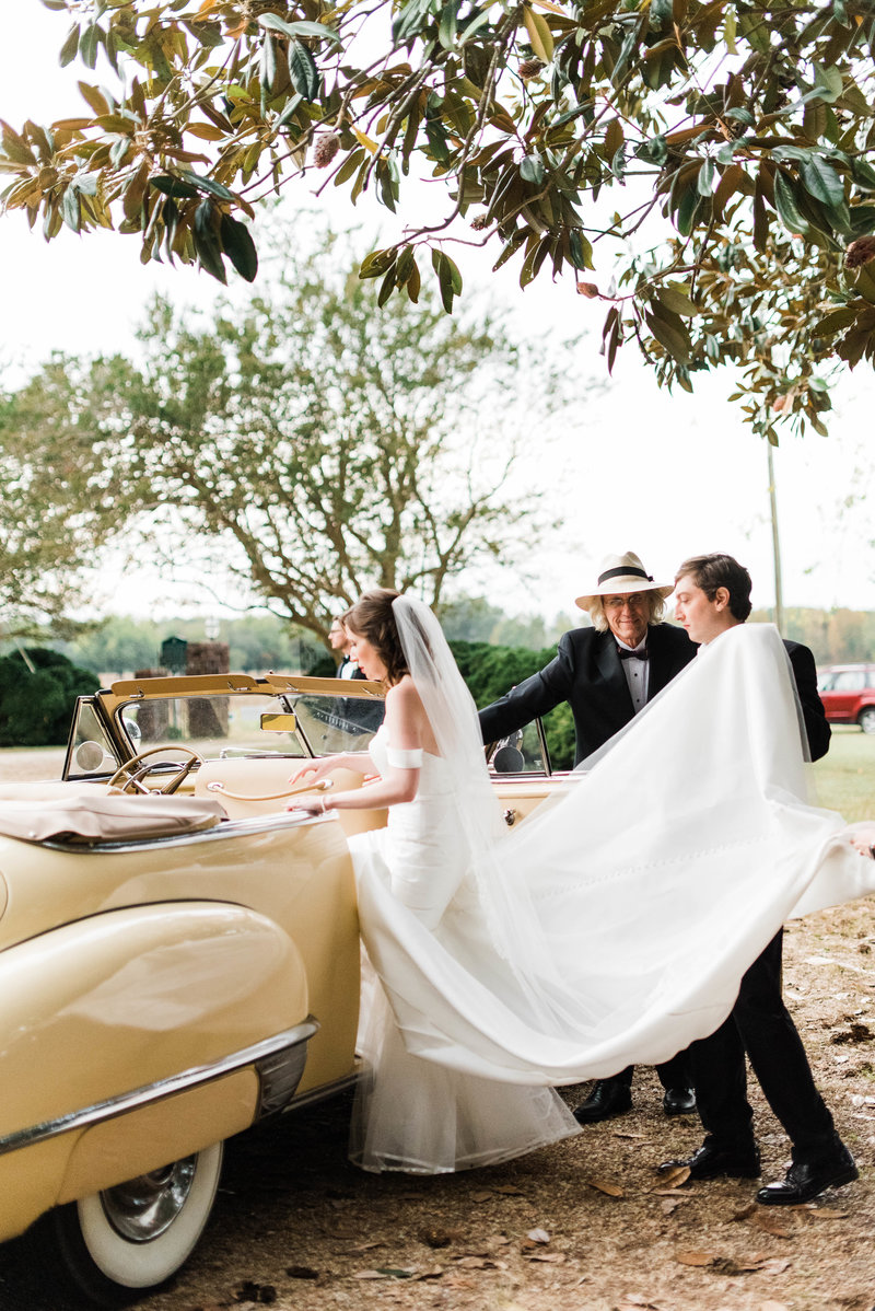Juliette + Kevin-Upper-Shirley-Vinyards-Charles-City-Virginia-Wedding_Gabby Chapin Photography_00553