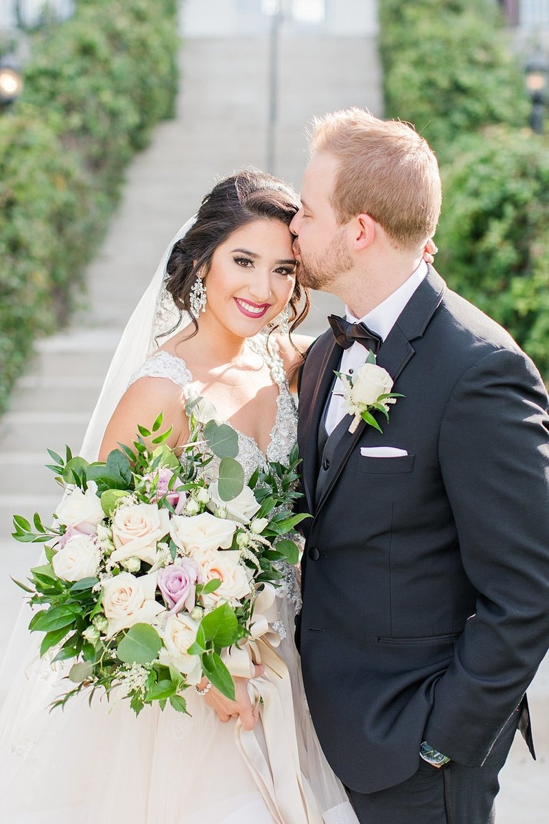 Kendall Plantation Wedding Venue Photos by Boerne Wedding Photographer Allison Jeffers_0047