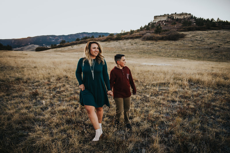 Montoya_Family_2018_Wild_Prairie_Photography-100