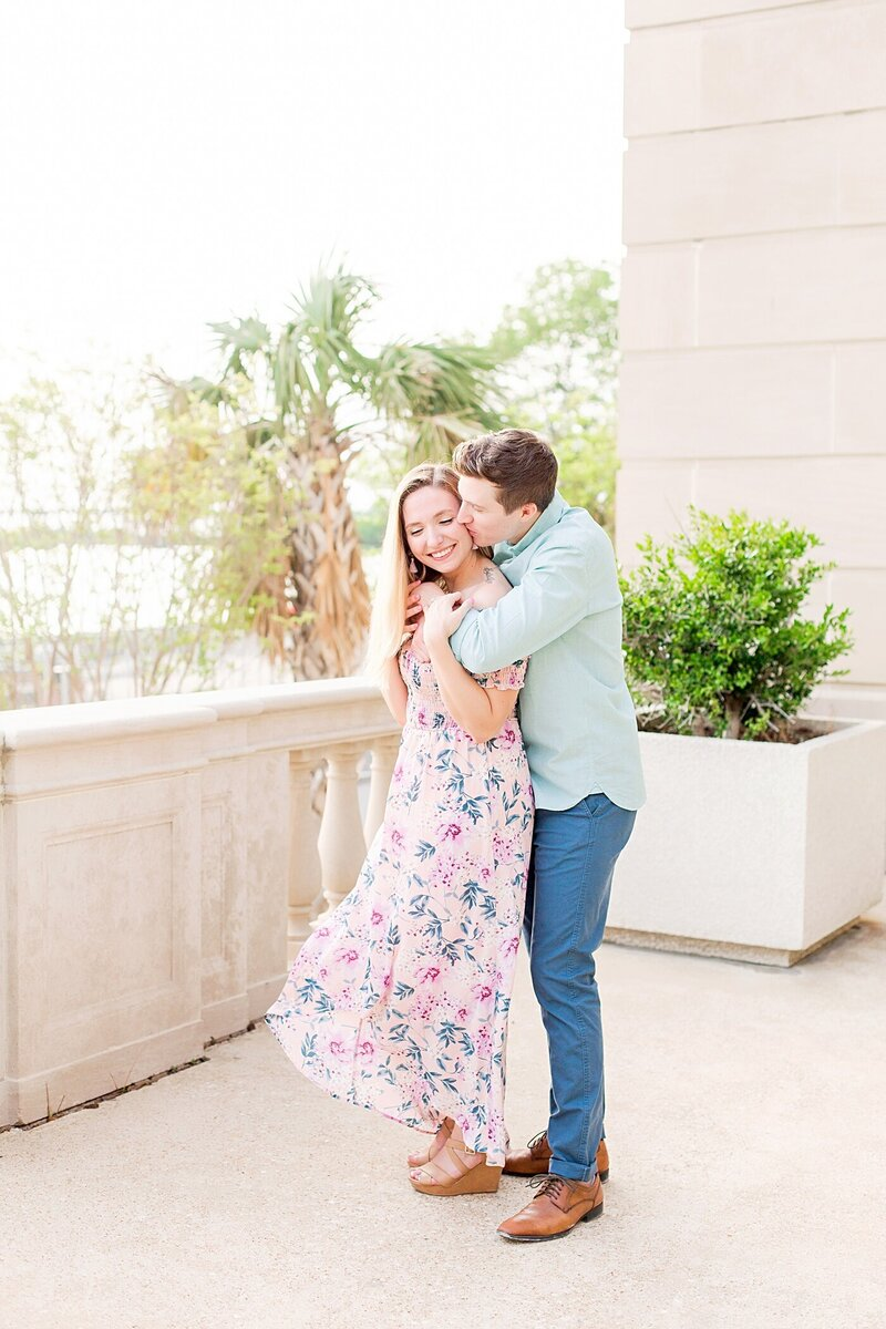 Downtown-Wilmington-NC-Engagement-Photos12