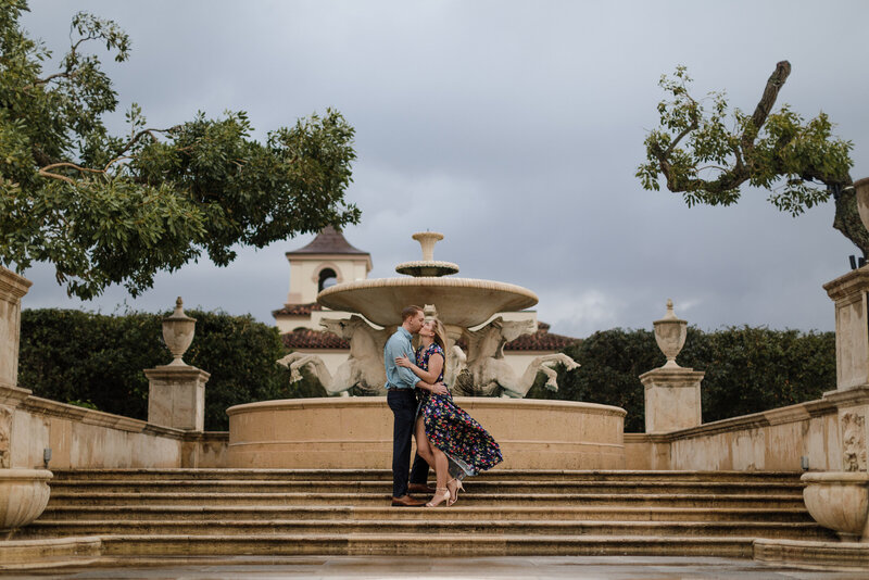 palm-beach-engagement-session-worth-avenue