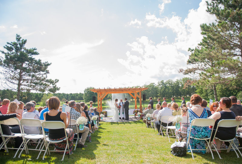 Thumper Pond Wedding Venue Ottertail MN Kris Kandel Photographer (7)