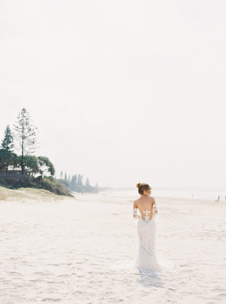 Byron Bay Wedding Photographer Sheri McMahon - Oh Flora Workshop on Fine Art Film - Romantic Spring Wedding Ideas -00039