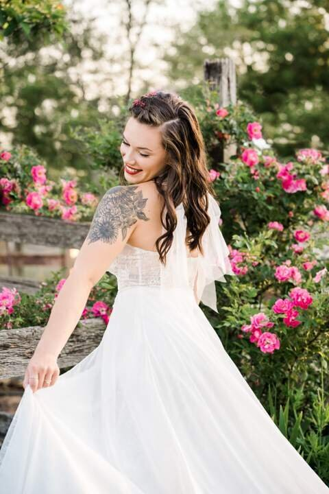grand-rapids-bridal-portrait-garden