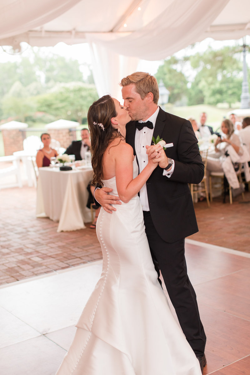signature-at-west-neck-wedding-kelley-stinson-photography0048