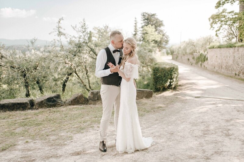 054_Tuscany_Luxury_Wedding_Photographer (1 von 1)-24_Photographer_luxury_Hills_Florence_Fine_Art_Wedding_tuscany_chianti