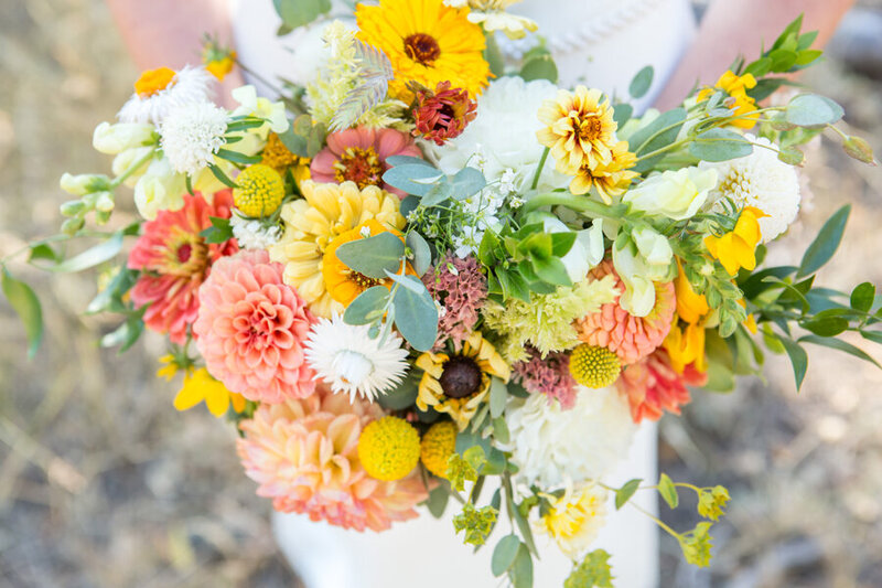 Wedding flowers with fall colors