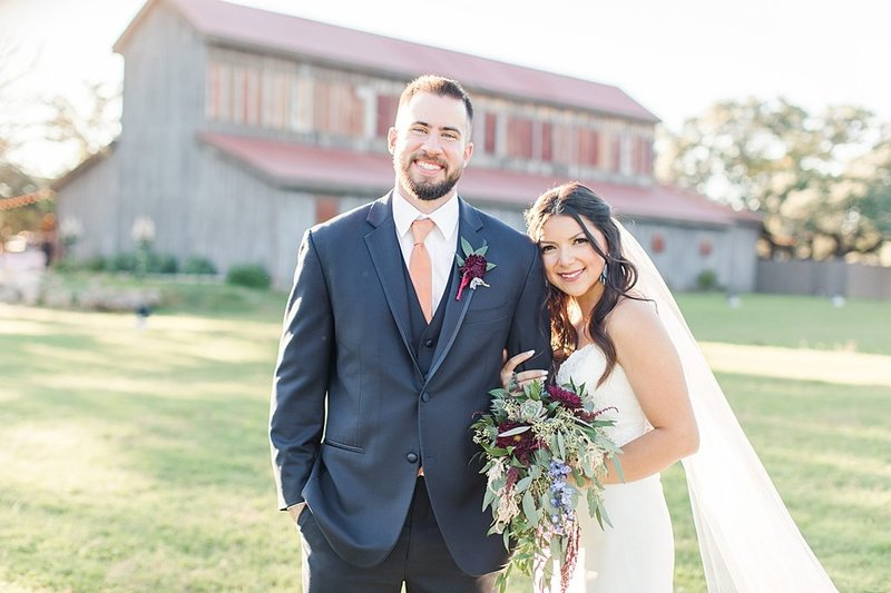 Eagle Dancer Ranch in Boerne Texas Wedding Venue photos by Allison Jeffers Photography_0068
