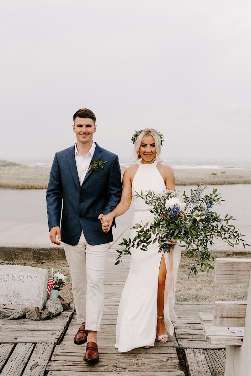 Hereford_Inlet_Lighthouse_Intimate_Elopement_1