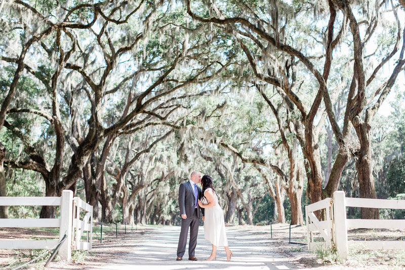 apt-b-photography-wormsloe-engagement-session-pulaski-square-engagement-savannah-wedding-photographer-8