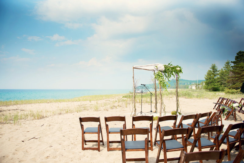 michigan wedding photographer ceremony timeline tips and decor