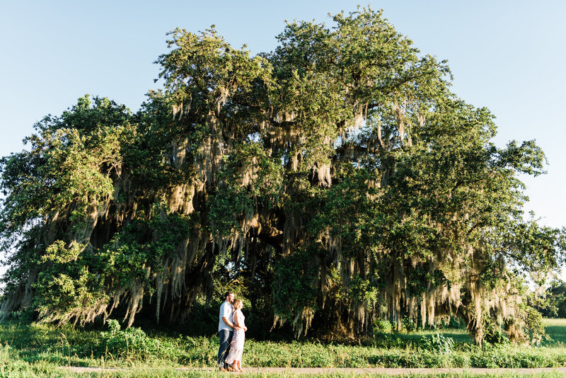 Patrick + Jessica-New Orleans-Botanical-Gardens-City-Park-Engagement-Photos_Gabby Chapin Photography_0335-325