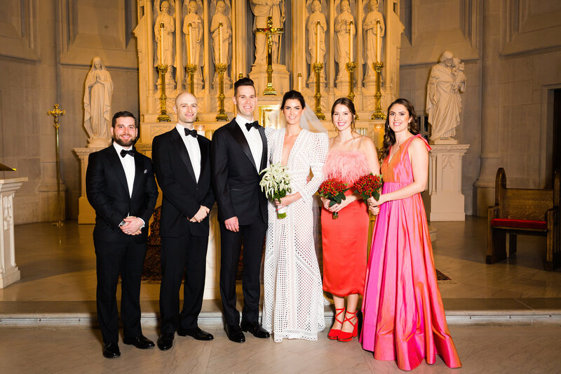 modern-bridal-party-saint-james-chapel