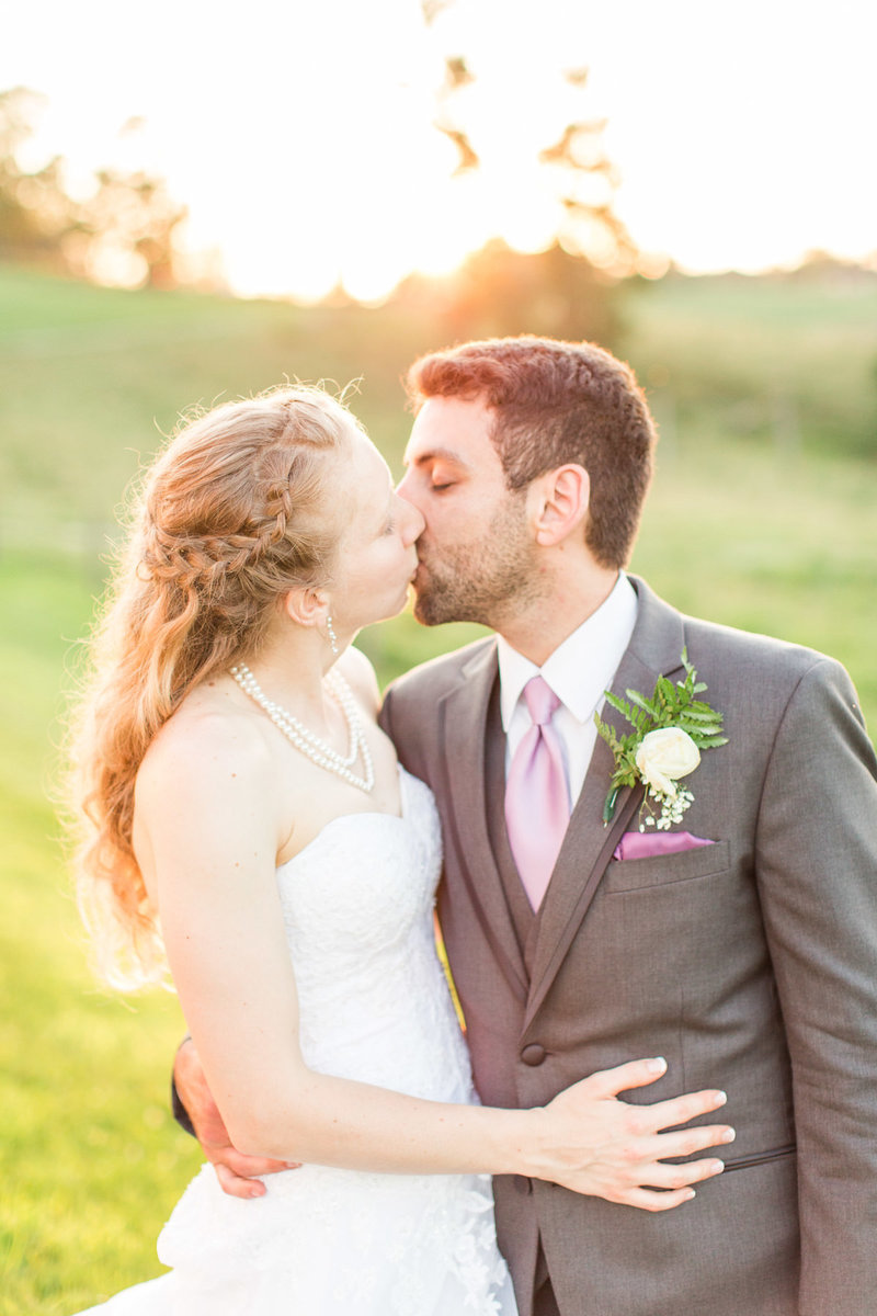 Rustic-farm-wedding-heaven-sent-farms-pittsburgh-wedding-31