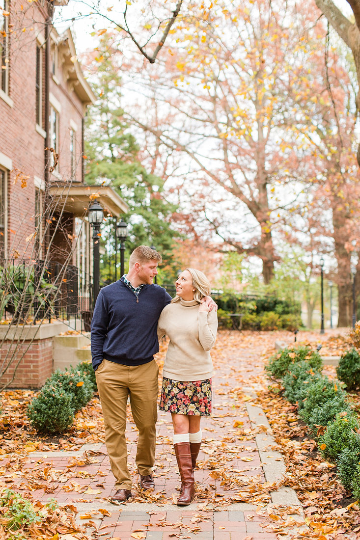 Engagement-Session-Fall-University-of-Kentucky-Louisville-Kentucky-Photo-by-Uniquely-His-Photography071