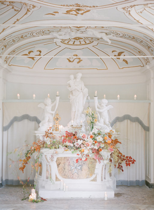 Molly-Carr-Photography-Paris-Film-Photographer-France-Wedding-Photographer-Europe-Destination-Wedding-Villa-Di-Geggiano-Siena-Tuscany-Italy-20