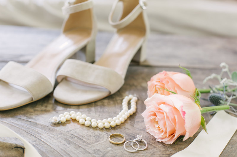 Brides details at Santa Barbara Courthouse wedding