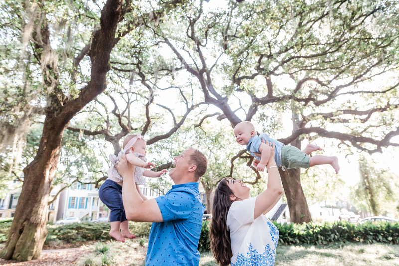Family session in Downtown Savannah by Apt. B Photography